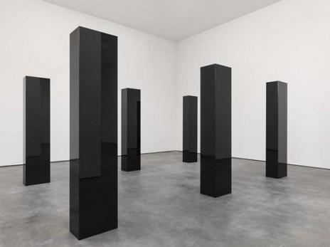 6 columns John McCracken